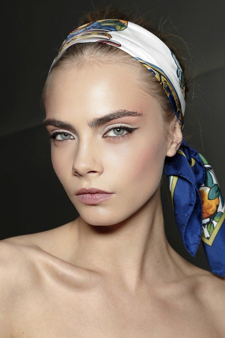 платок в форме повязки на голову