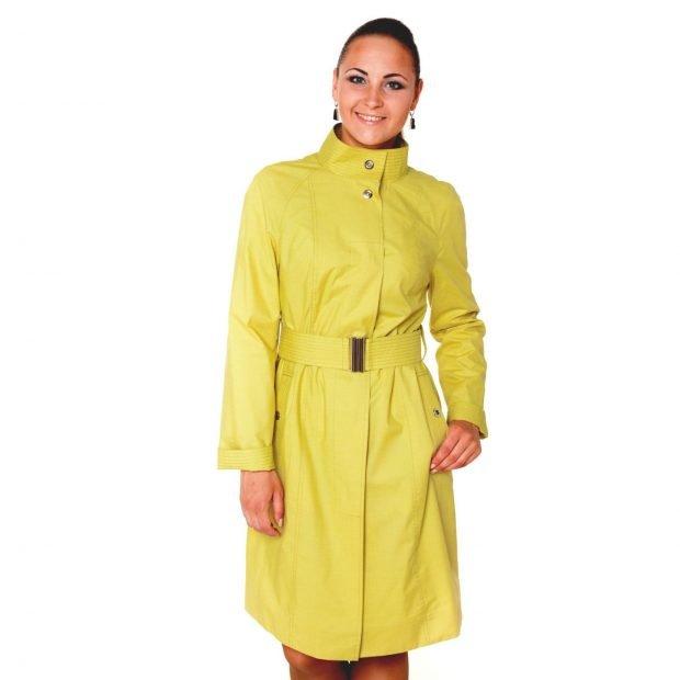 модные женские плащи весна лето 2019: яркий лимонный