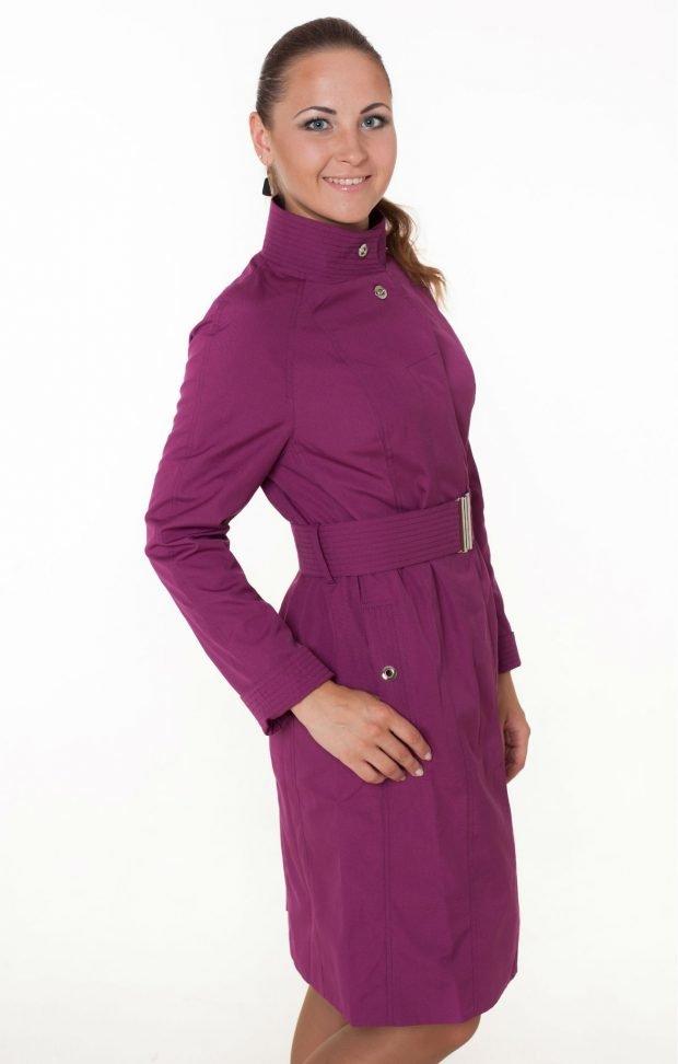 модные женские плащи весна лето 2019: фиолетовый длиной по колено