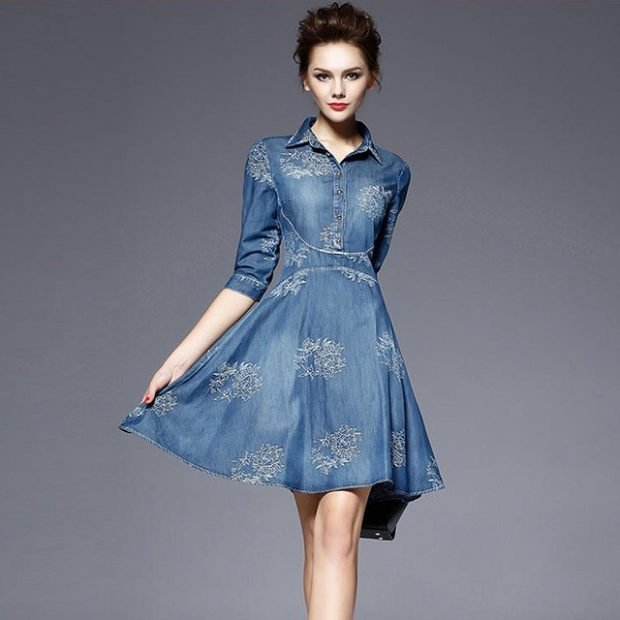 расклешенное джинсовое платье