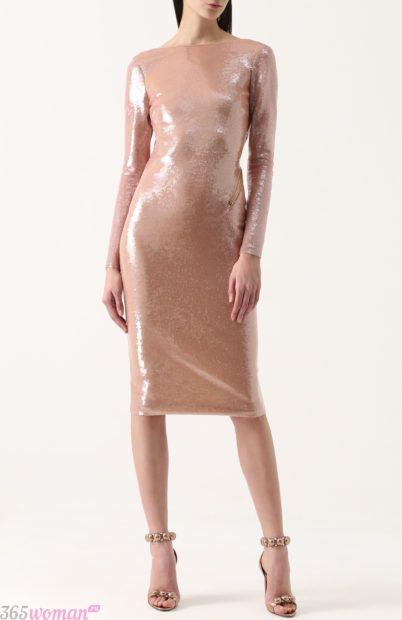 бежевое блестящее вечернее платье