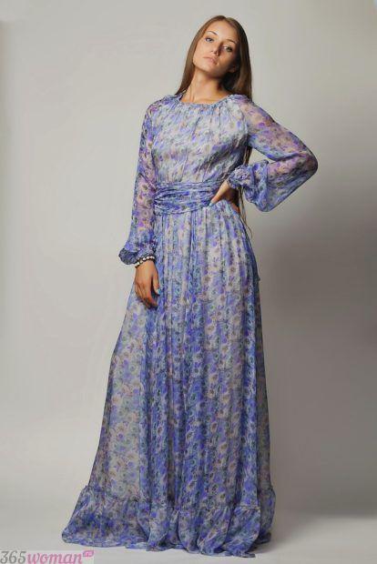 длинное платье с удлиненными рукавами