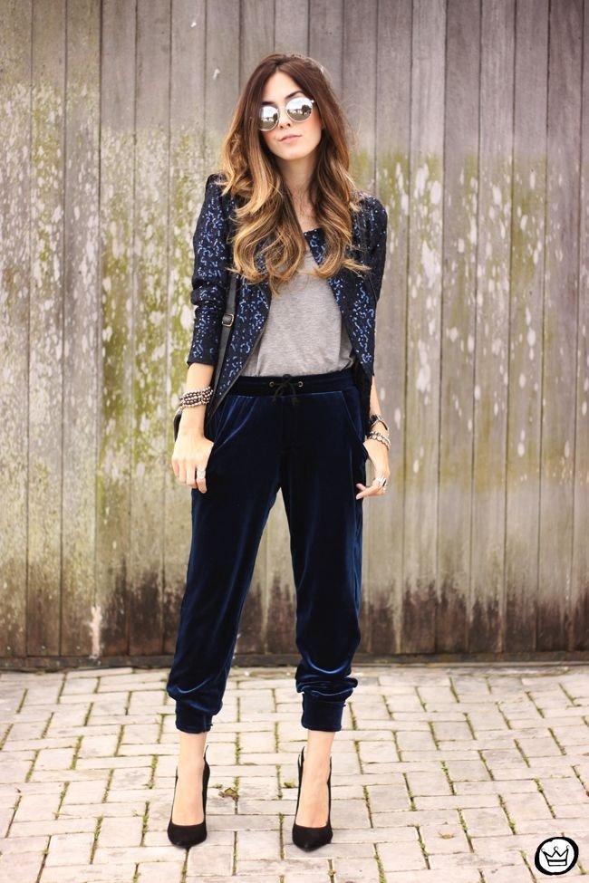 велюровые брюки и пиджак