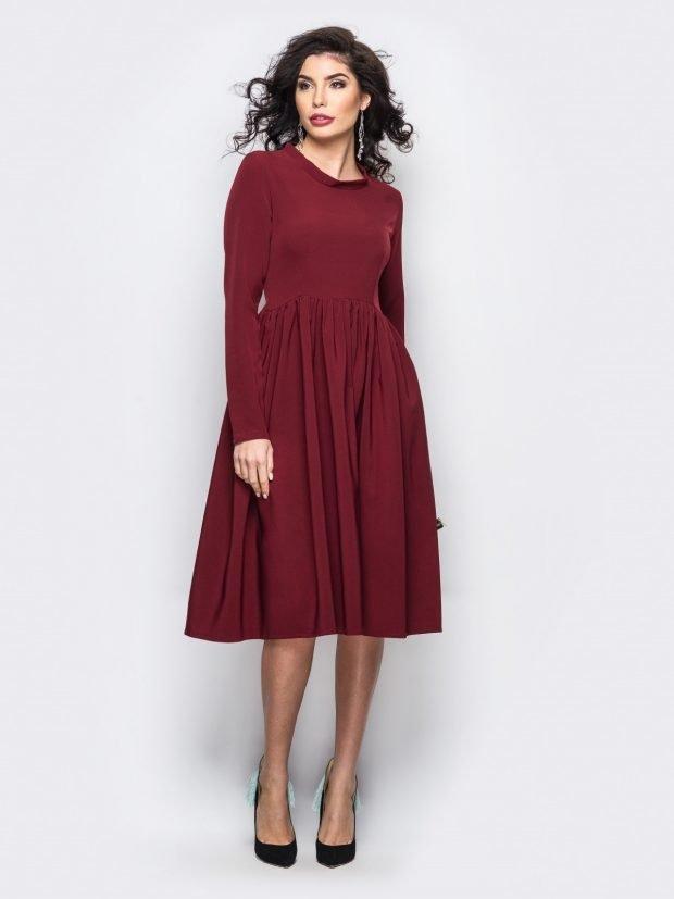 платье-миди цвета марсала