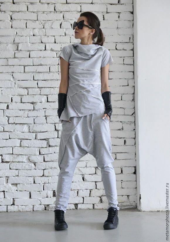 женские спортивные костюмы 2021: оверсайз серый