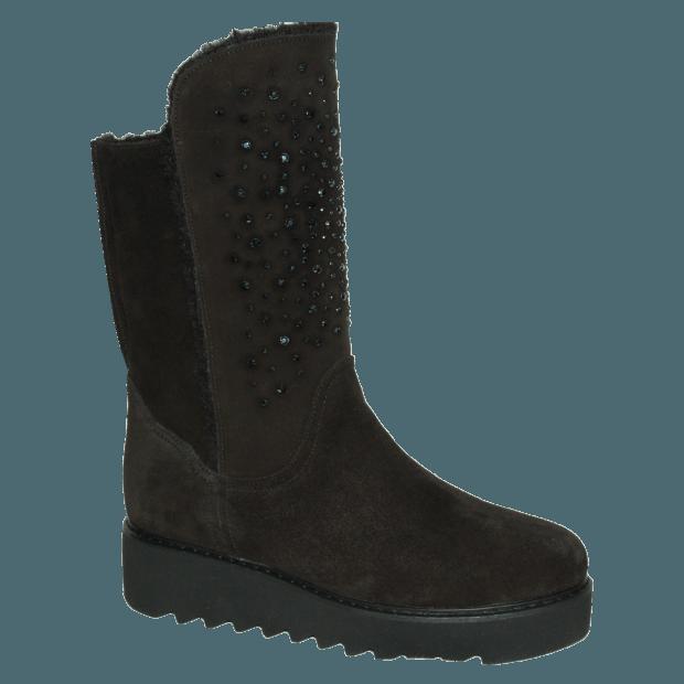 с чем носить обувь на тракторной подошве: низкие сапоги