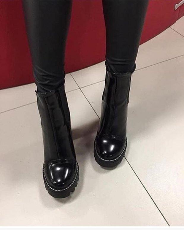 с чем носить обувь на тракторной подошве: кожаные штаны