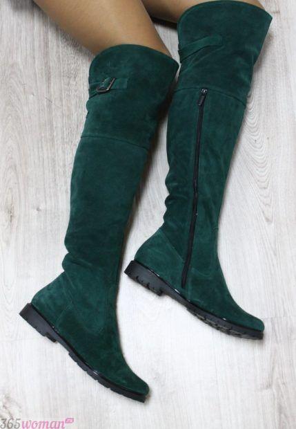 зеленые замшевые сапоги на низком ходу