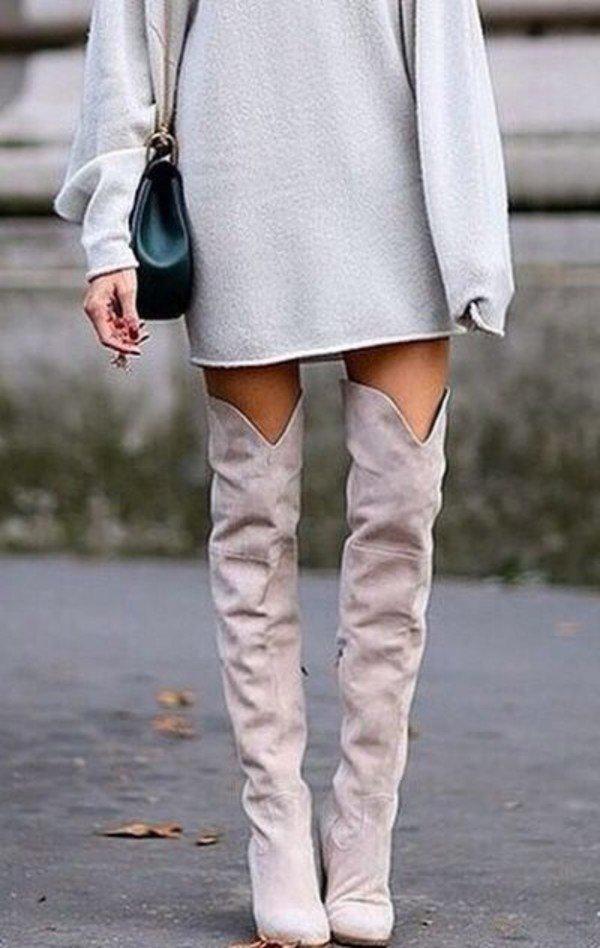 сапоги осень зима 2019 2020 фото: замшевые светлые ботфорты