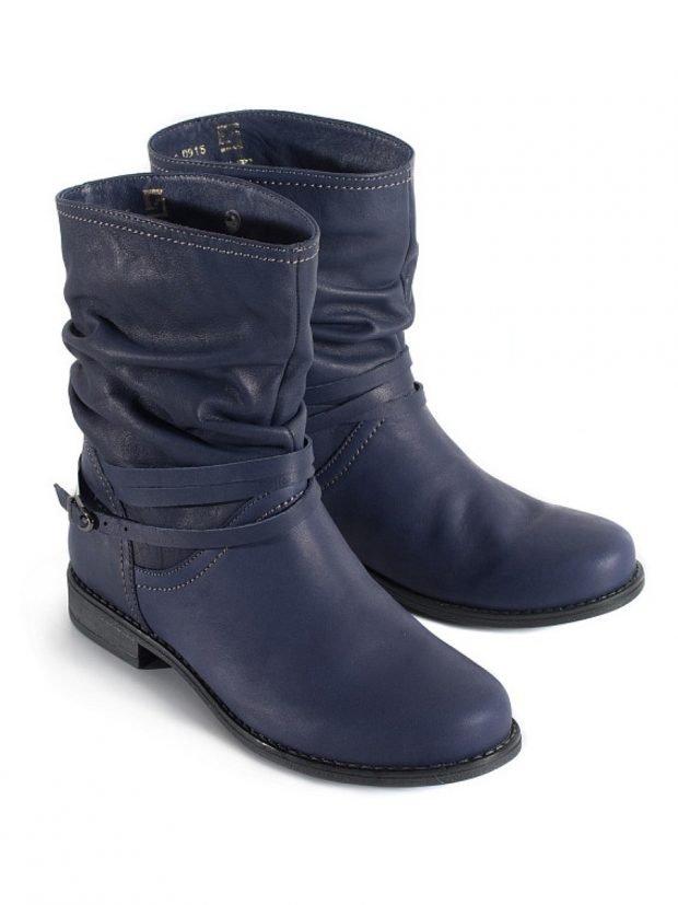модные женские сапоги осень зима 2019 2020: синие полусапожки из кожи