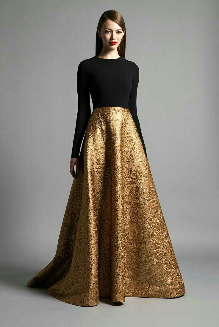 длинное платье с золотой юбкой