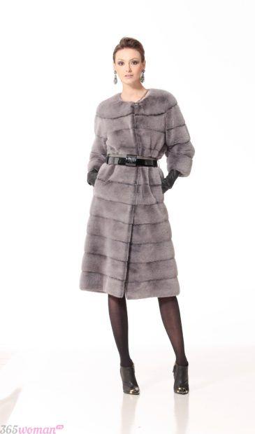 верхняя одежда осень зима 2018 2019 для женщин: светло-серая шуба с поясом