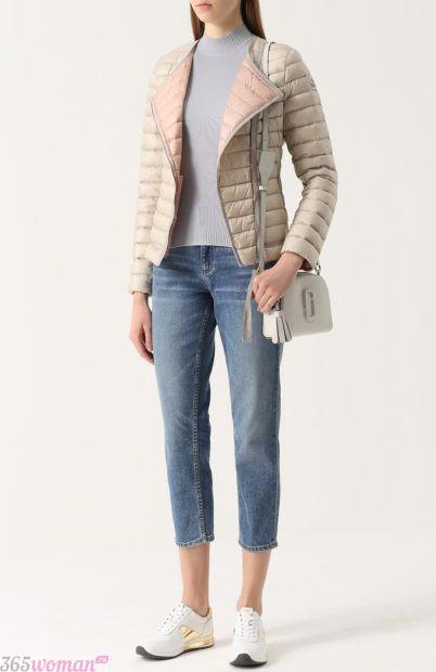 мода осень зима верхняя одежда: короткая светлая стеганая куртка