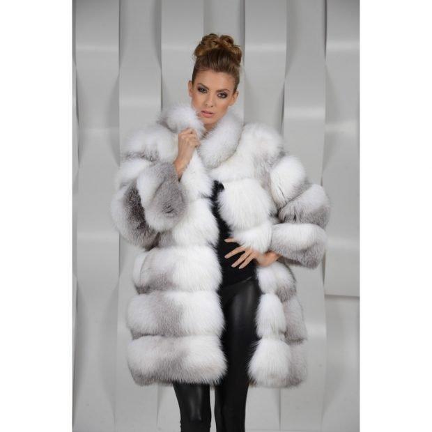 мода осень зима 2018 19 верхняя одежда: белая объемная шуба