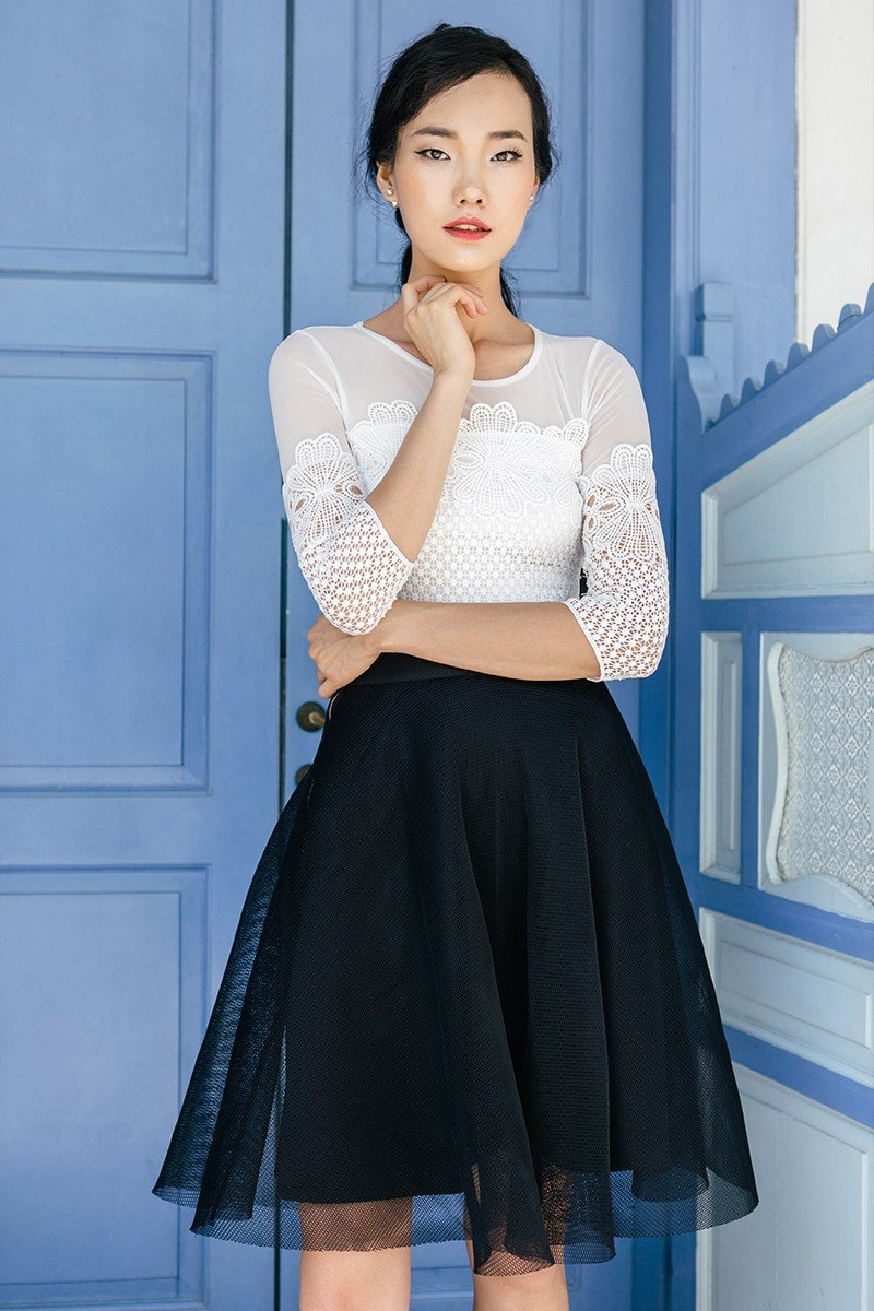 короткая черная юбка пачка