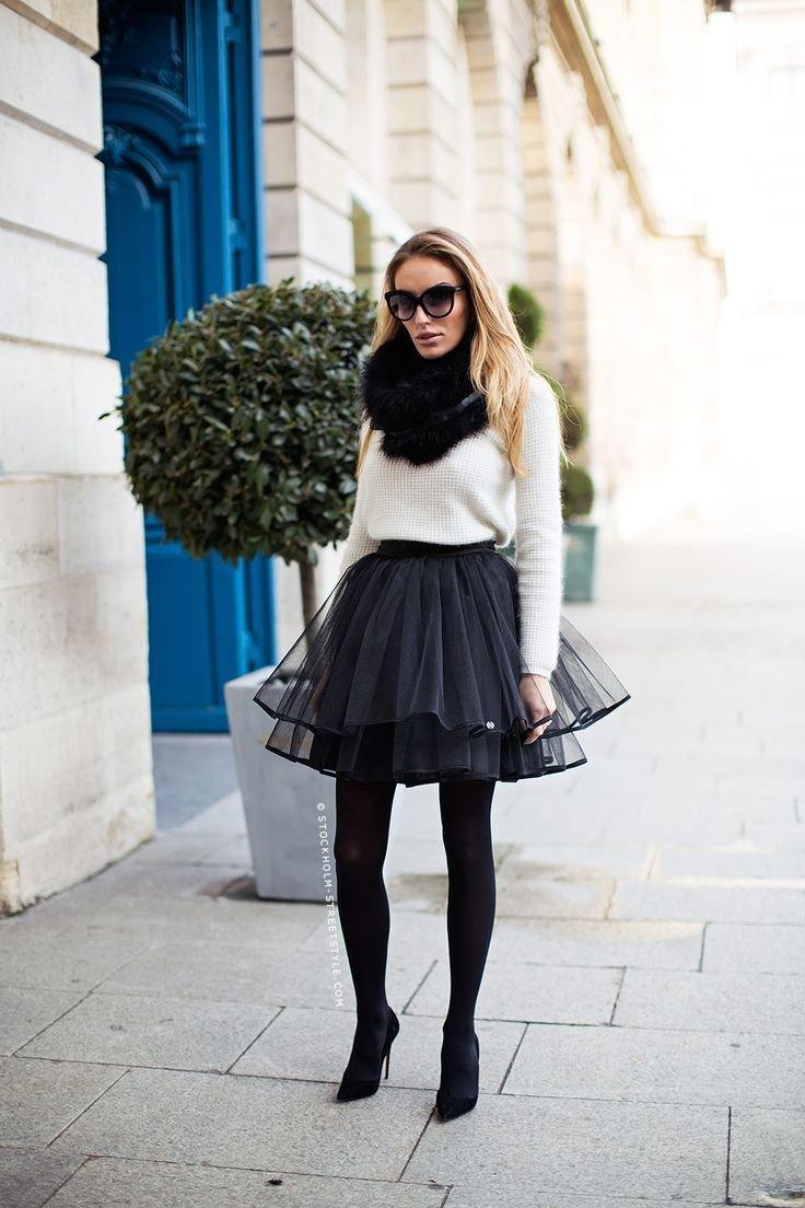 темная юбка пачка и черные колготы