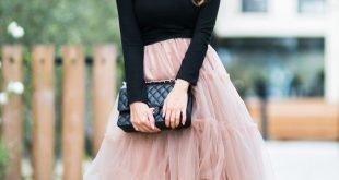 бежевая юбка пачка и черный реглан