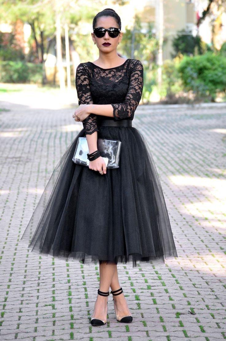 черная юбка пачка и кружевная блуза