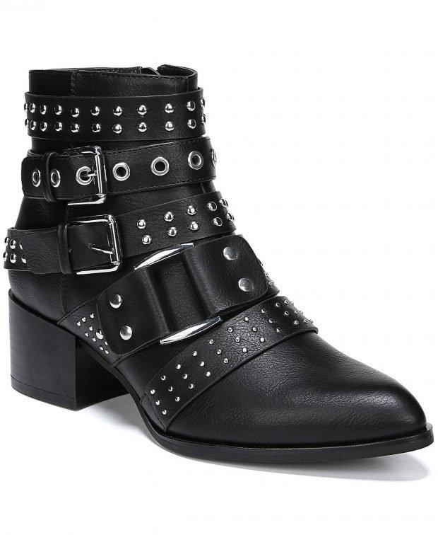 модные сапоги весна 2020: черные на застежке
