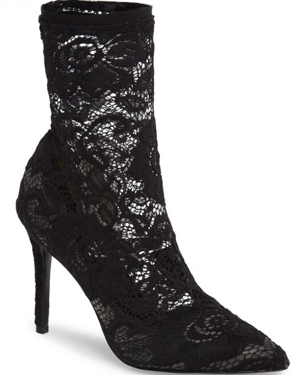 модные сапоги весна 2020: ажурные в виде туфли