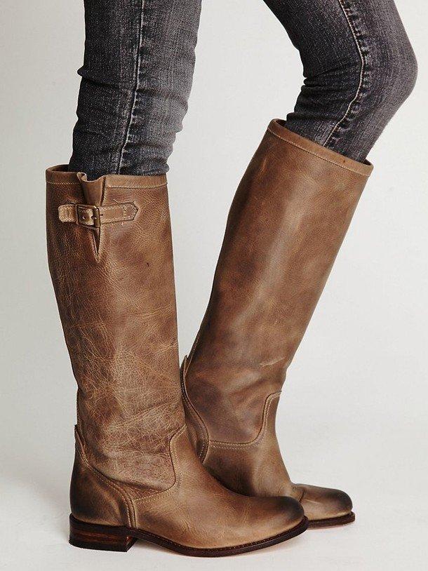 коричневые сапоги без каблука