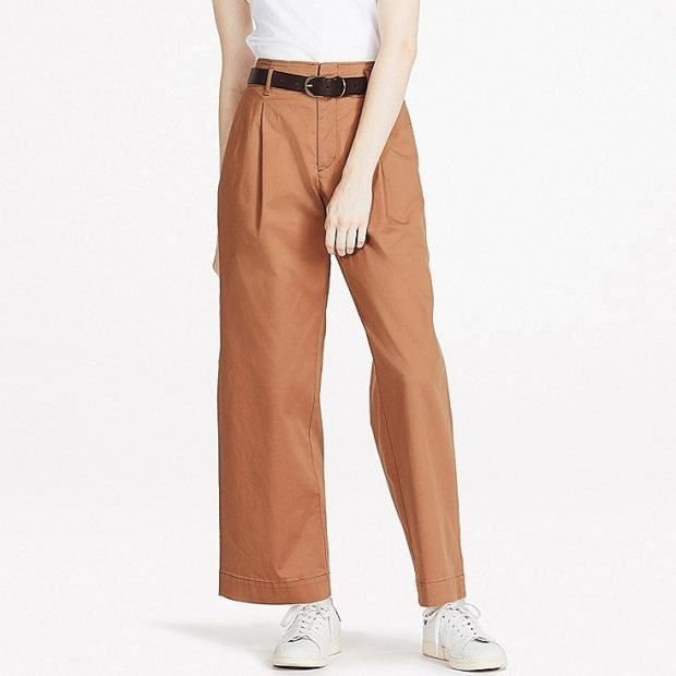 с чем носить брюки с завышенной талией коричневые широкие