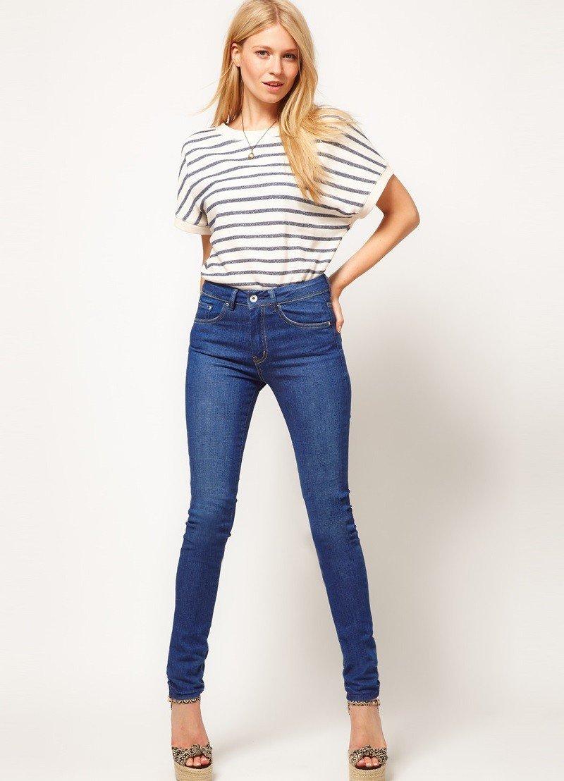 с чем носить штаны с завышенной талией под футболку в полоску
