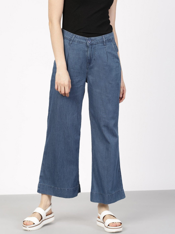 темные джинсовые брюки-кюлоты