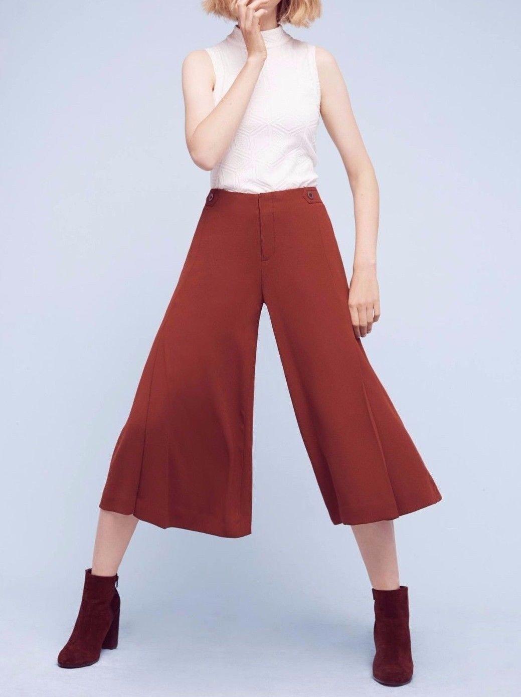 бордовые брюки-кюлоты и ботинки