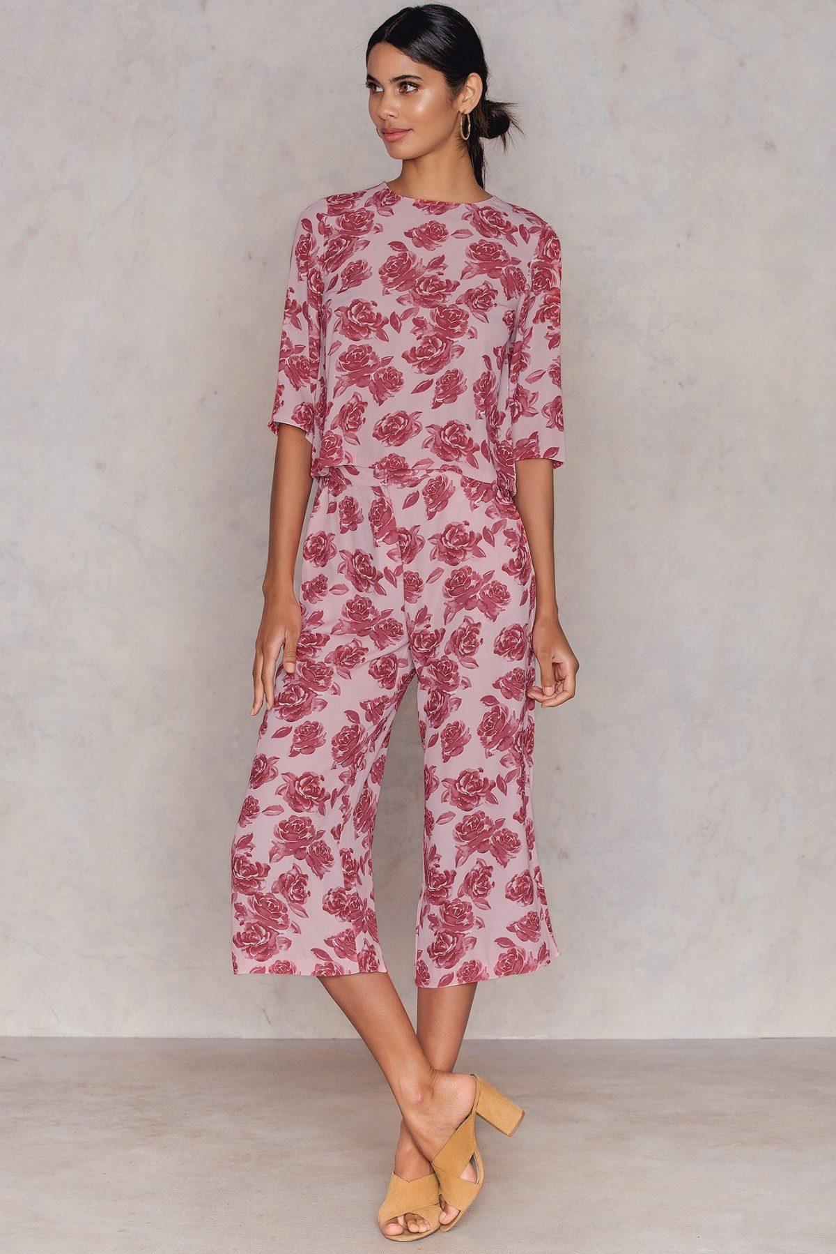 костюм с брюками-кюлотами цветочный принт