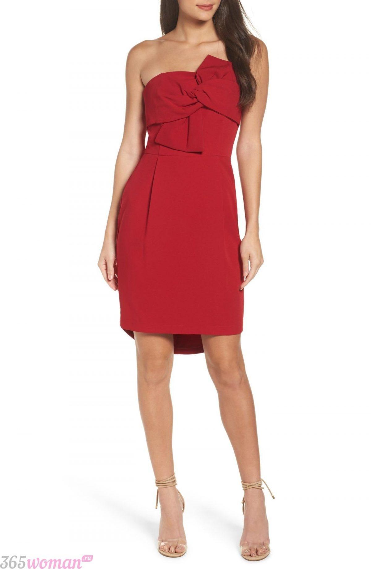 что надеть на день святого валентина 2019: красное платье на одно плечо