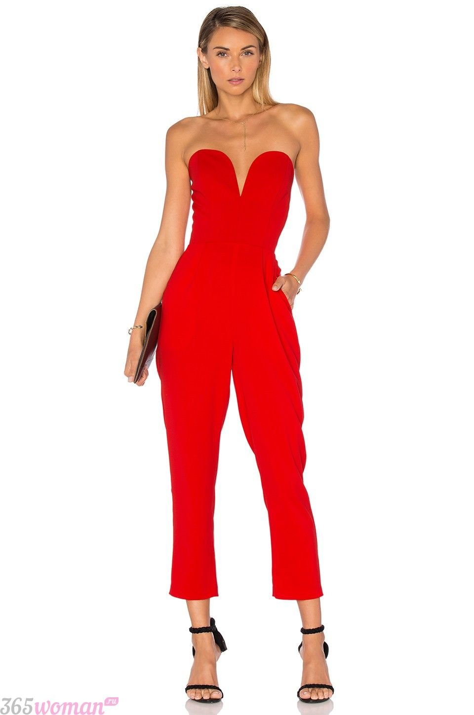 что надеть на день святого валентина 2019: ярко-красный комбинезон с открытым верхом