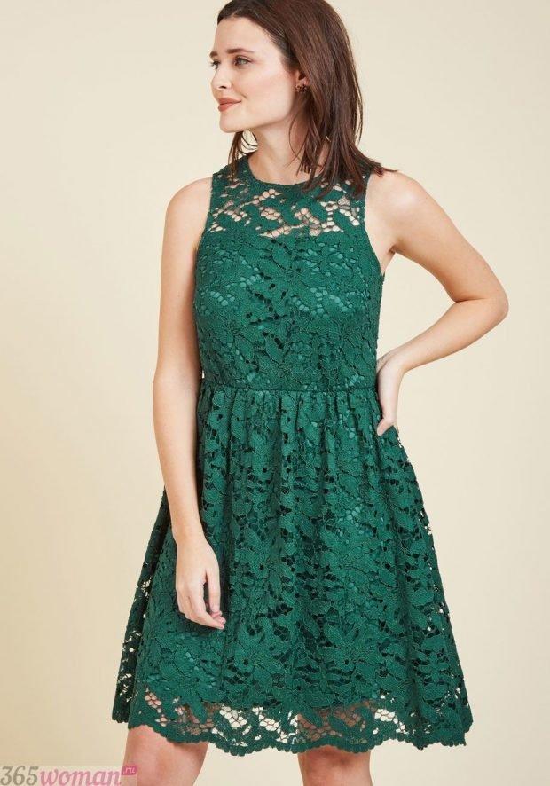 что надеть на день святого валентина: кружевное платье зеленого цвета