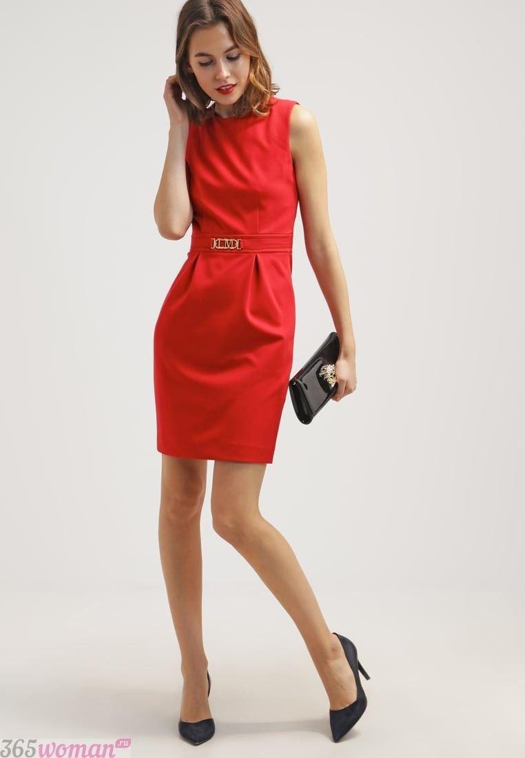 что одеть на день святого валентина 2019: красное платье футляр