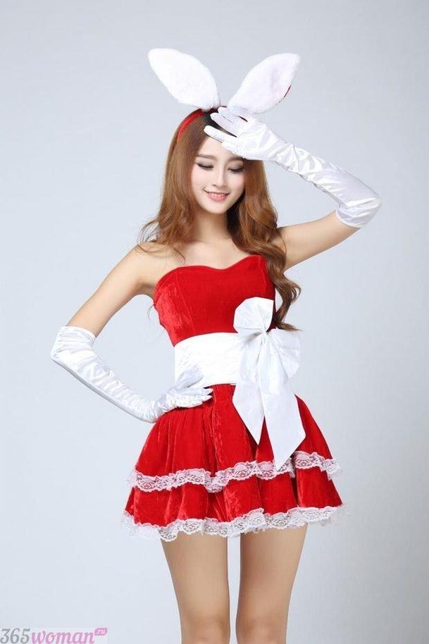 Что одеть на новогодний корпоратив: красное платье на новый год с ушками