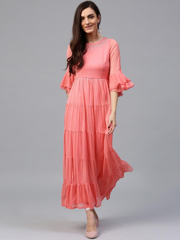 длинное легкое коралловое платье с чем носить