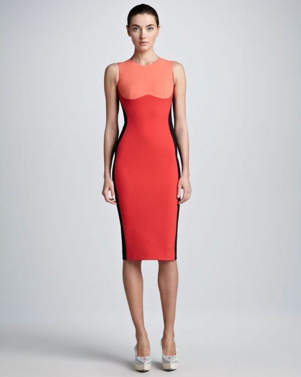 коралловое платье по фигуре с контрастным верхом