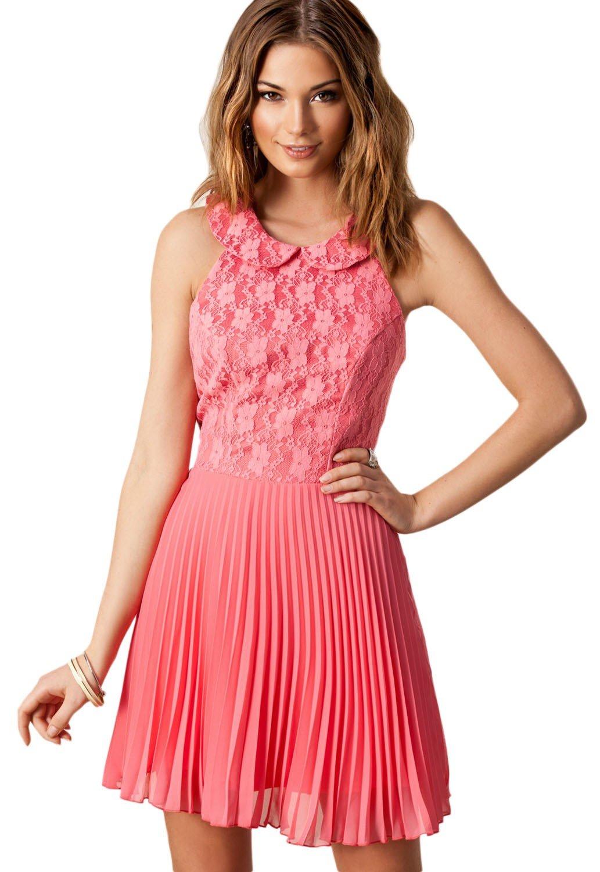 с чем носить коралловое платье плиссированное