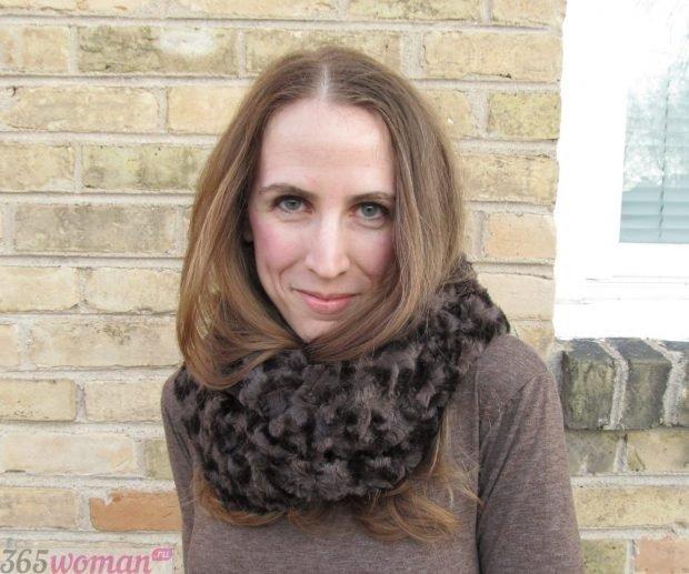 шарфы зима 2019 2020: коричневый меховой