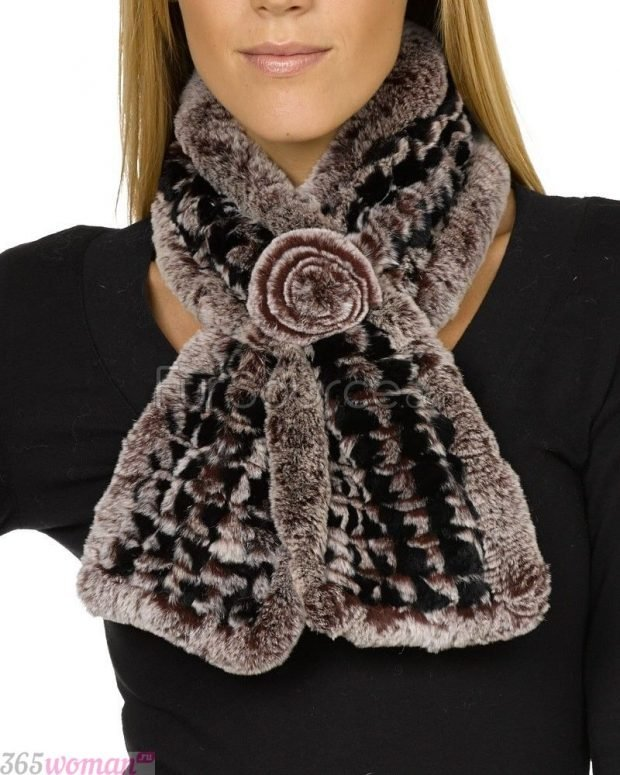 шарфы зима 2019 2020: меховой с декором