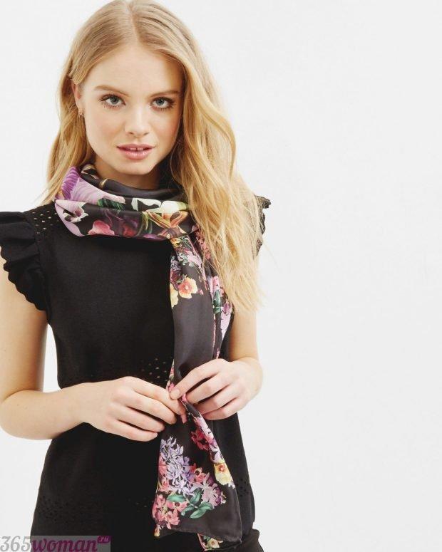 модный шарф 2019 2020: шелковый с цветочными мотивами