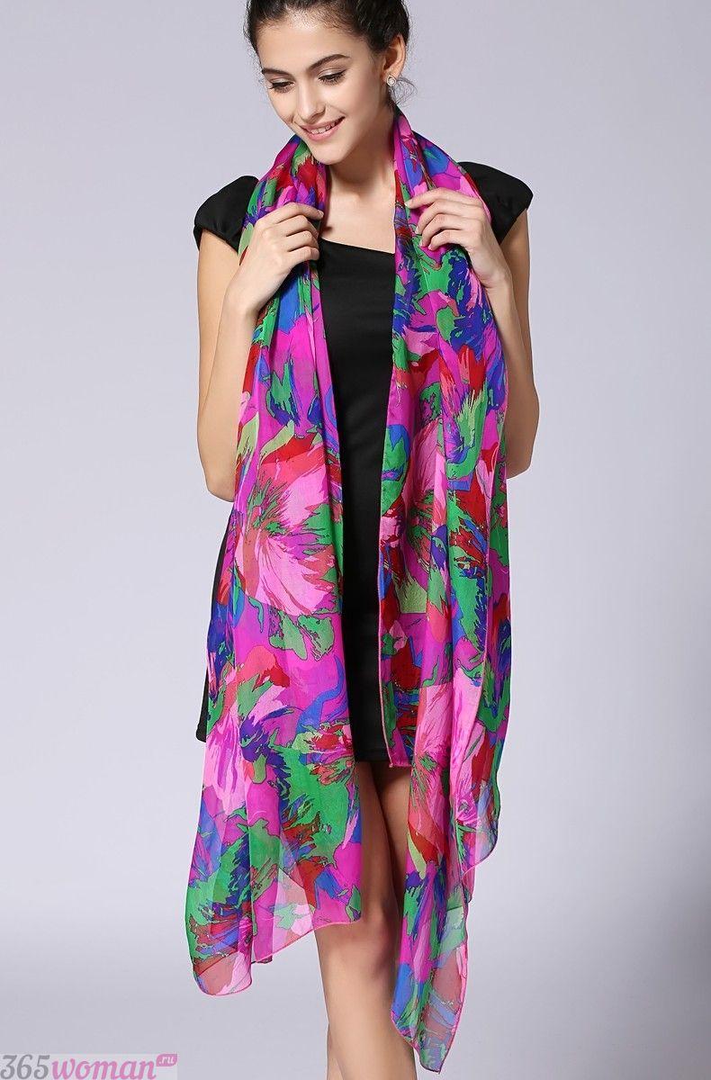 шелковый шарф с цветочным принтом