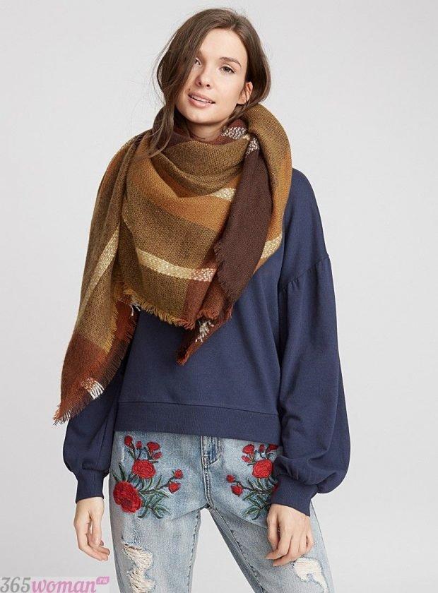 модный шарф 2019 2020: коричневый оверсайз