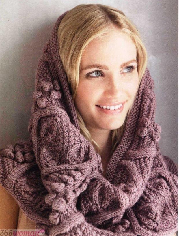 модные шарфы 2019 2020: вязаный хомут розового оттенка