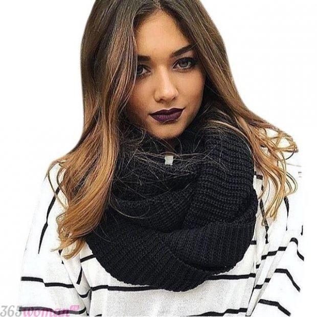 модный шарф 2019 2020: черный вязаный хомут