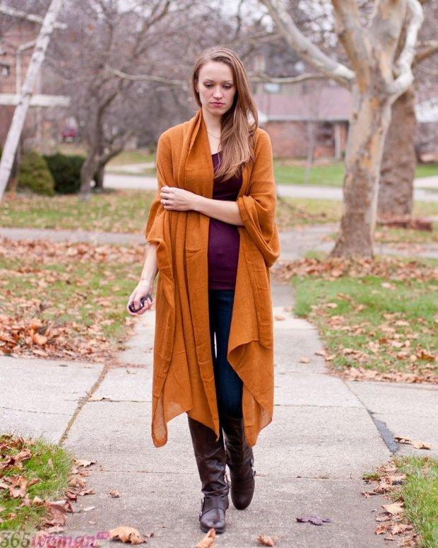 модные шарфы 2019 2020: палантин горчичного цвета