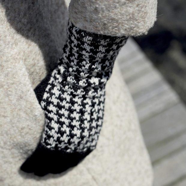 модные принты осень зима 2019 2020: женские перчатки гусиная лапка