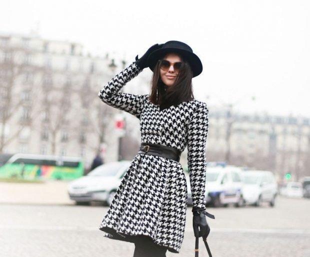 модные принты осень зима 2019 2020: короткое пальто гусиная лапка