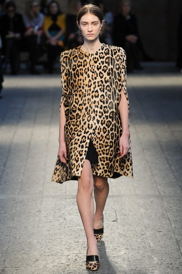 модные принты осень зима 2020 2021: пальто леопардовый