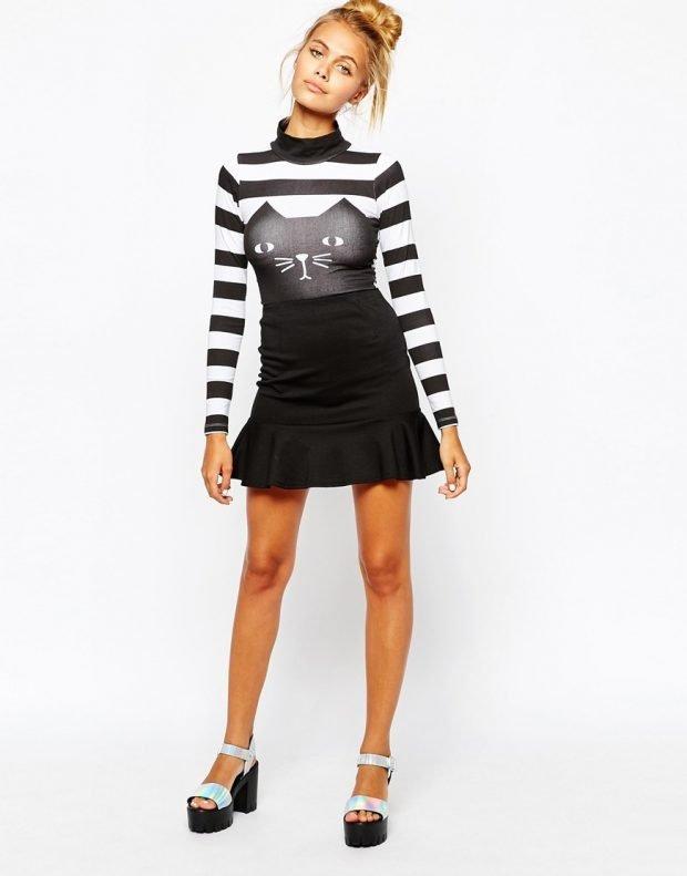 модные принты осень зима 2020 2021: короткое платье в полоску